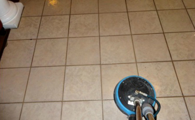 Tile-and-Grout-Entryway-Before-650×400